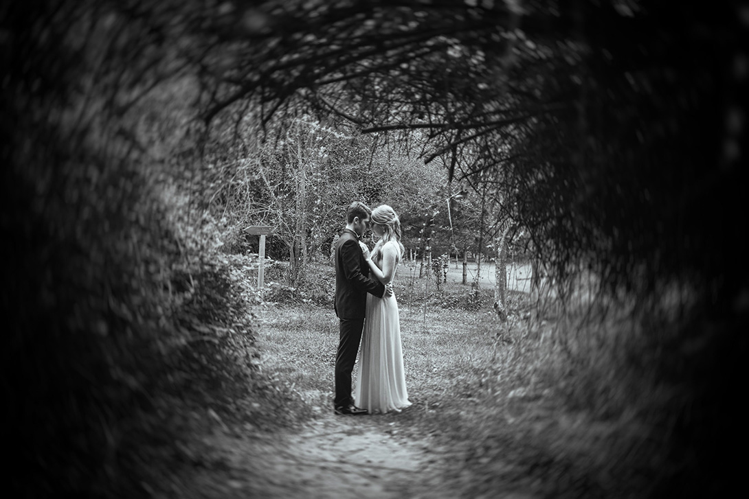 31e-2014-Wedding-Photographer